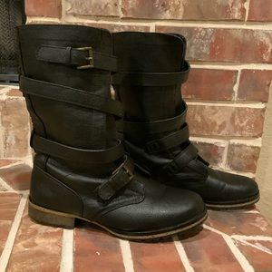 Like New Mossimo Wrapped Buckle Combat Boots